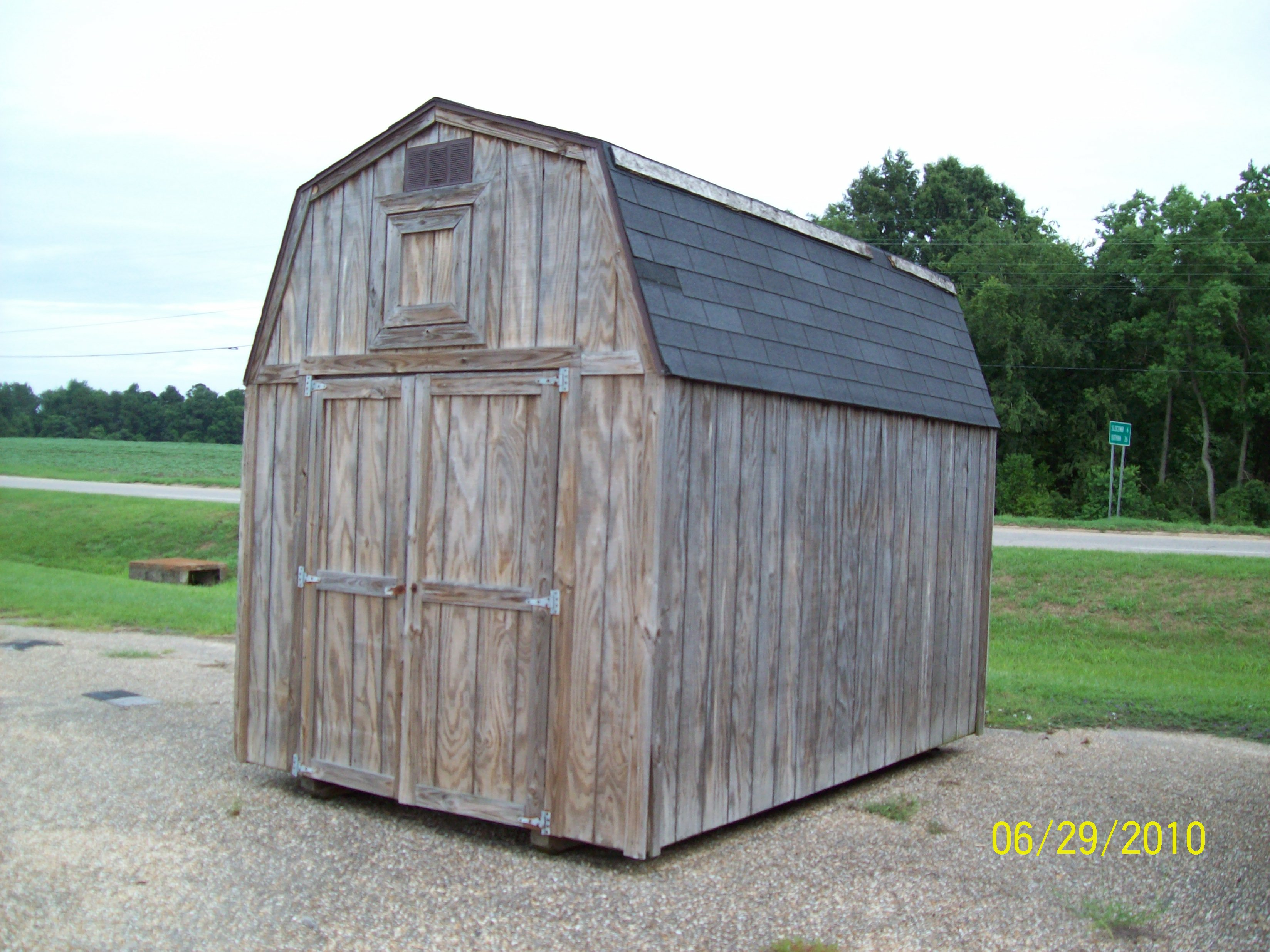 Weatherking What Is This Shed Worth Only A Year Or Two Old Barn Cost More Than Our Equivalent Cook Warehouse Look At The Trim